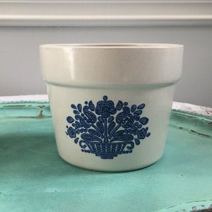 Vintage FTD Flower pot 1982